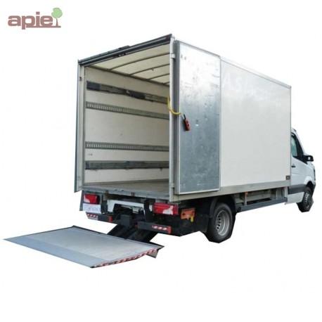 Livraison par camion AVEC HAYON